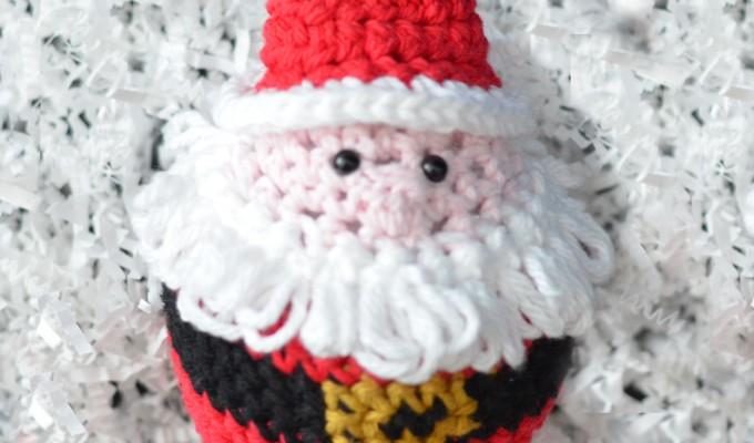 Crochet Santa Ornament – Free Pattern