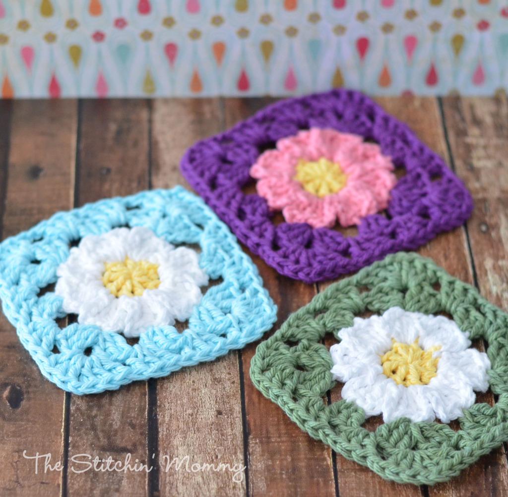 Free Crochet Daisy Coaster Pattern : Crochet Daisy Granny Squares - The Stitchin Mommy
