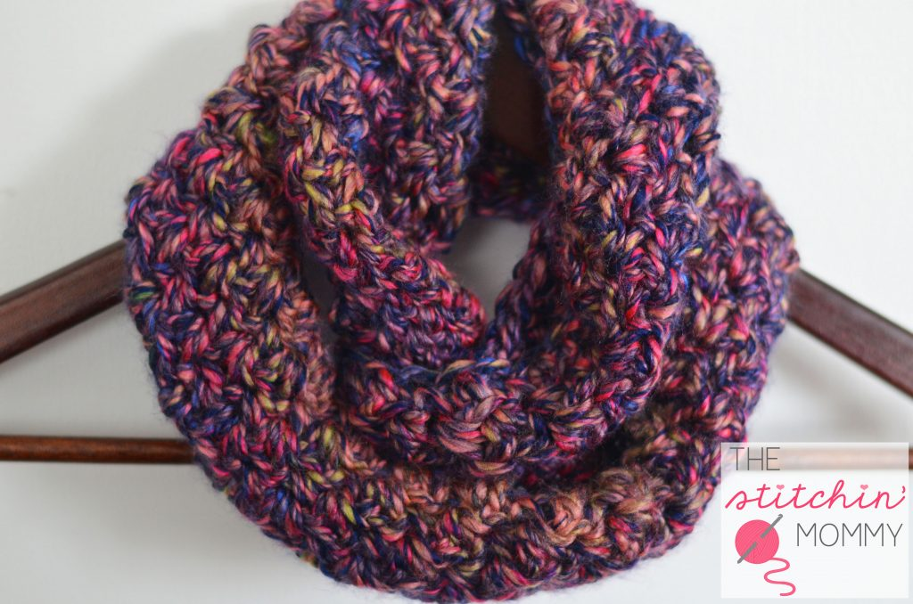 Neon Lights Infinity Scarf for Girls www.thestitchinmommy.com #redheart #medley #quick #easy #oneskeinwonder #infinityscarf #girls