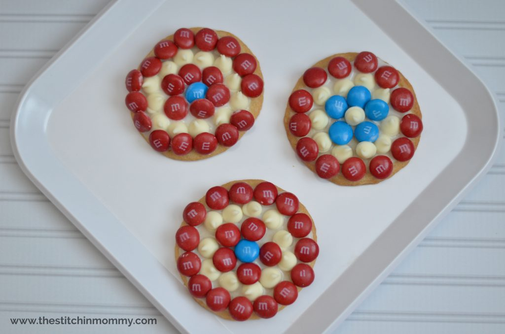 M&Ms Captain America Cookies www.thestitchinmommy.com #HeroesEatMMs #CollectiveBias