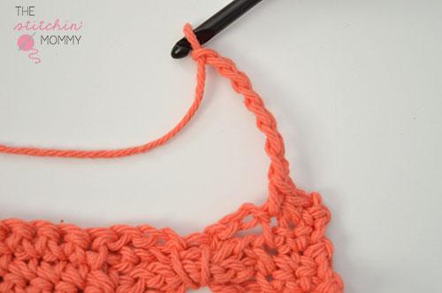 Let's Learn a New Crochet Stitch! - Bow Ties Stitch Tutorial | www.thestitchinmommy.com