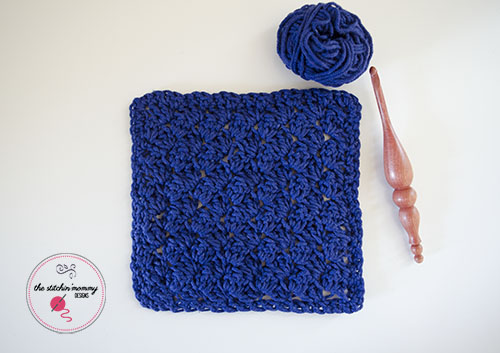 Let's Learn a New Crochet Stitch Pattern Kitchen Crochet Edition - Modified Sedge Stitch Tutorial and Dishcloth Pattern in 3 Sizes | www.thestitchinmommy.com
