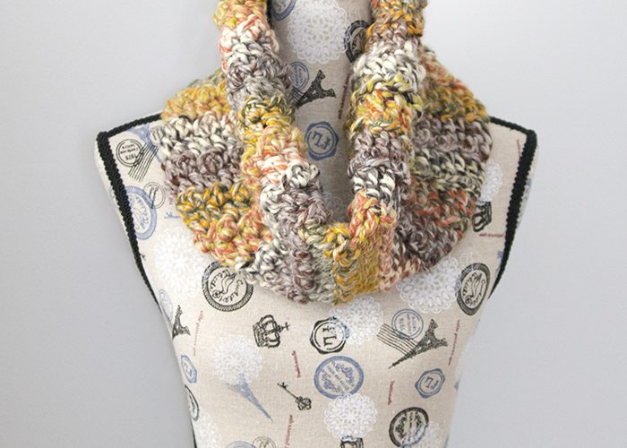 Carnival Games Cowl – Free Crochet Pattern