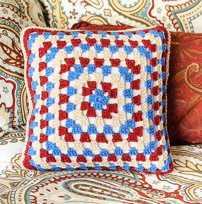 22 Free Crochet Pillow Patterns That Are Perfect for ...