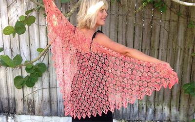 key-west-coral-crochet-shaw
