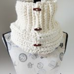 Starlight Button Cowl – Free Crochet Pattern